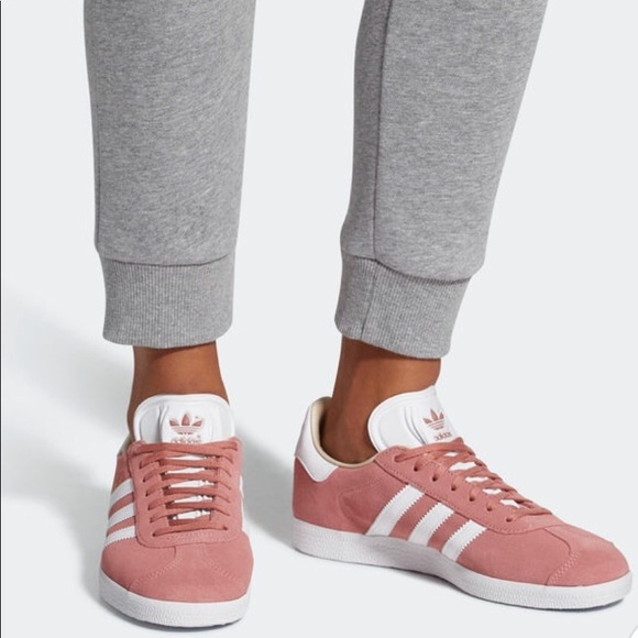 Le adidas nuova scarpa poshmark gazzella